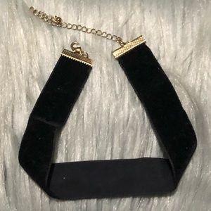 Forever 21 black velvet choker